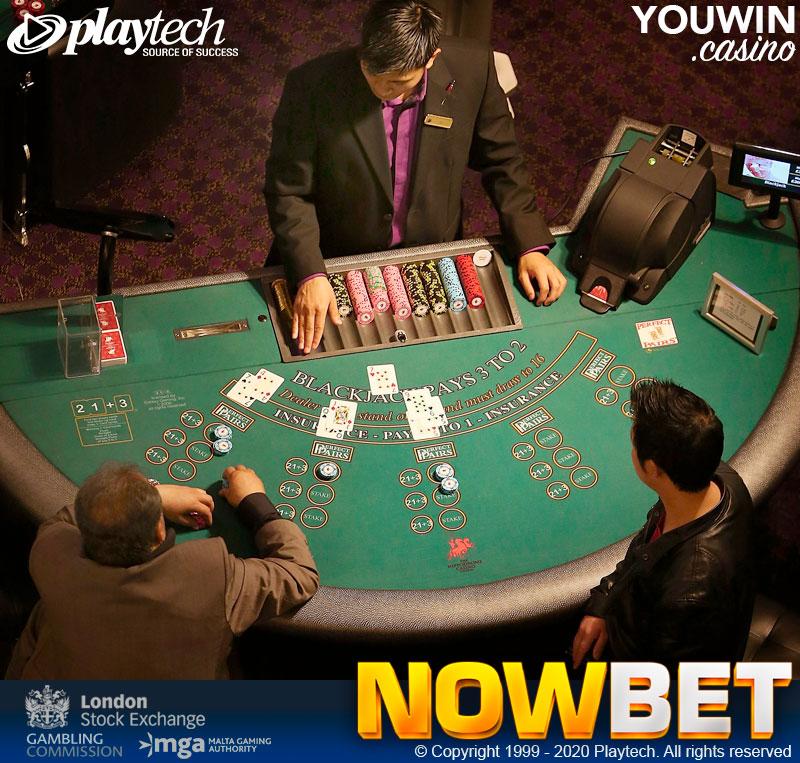 ภาพนี้สอน วิธีเล่น Blackjack ตามหลัก Basic Strategy ได้หลายเรื่อง